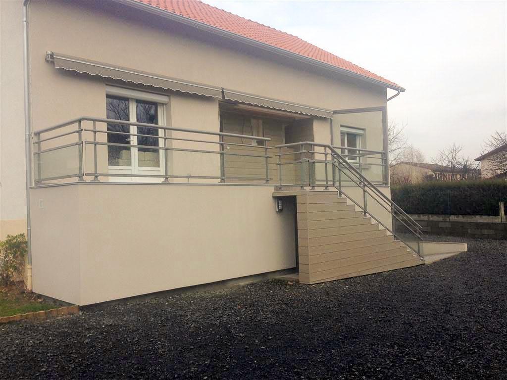 Escalier en beton exterieur free pose carrelage sur dalle for Carreler un escalier exterieur en beton
