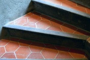 escalier pierre tomette (1)
