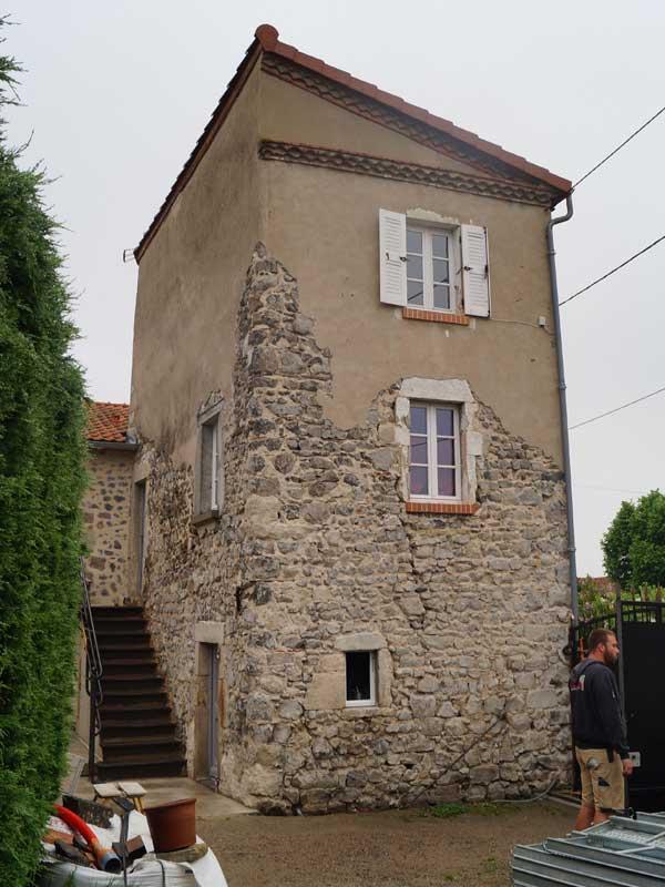 Facades Traditionnelles A La Chaux Maconnerie Fouilhoux